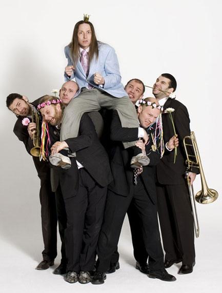 Mnozil Brass - Musicos Comedia